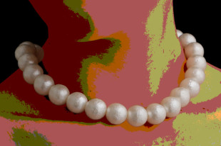 Moon - Pearl Necklace